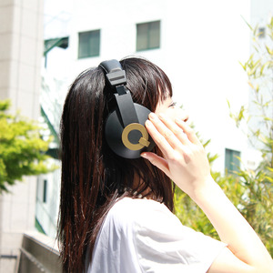 Default_headphone_07